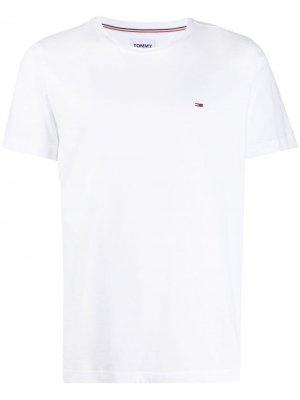 Комплект из двух футболок Tommy Jeans. Цвет: белый