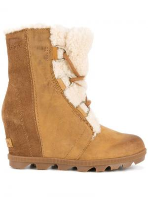 Joan of Artic boots Sorel. Цвет: коричневый