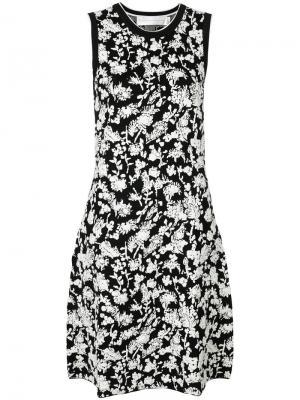 Вязаное платье с цветочным узором Victoria Beckham. Цвет: черный