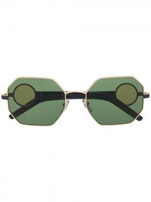 Солнцезащитные очки в массивной оправе Marni Eyewear. Цвет: золотистый