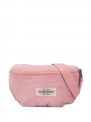 Вельветовая поясная сумка Eastpak. Цвет: розовый