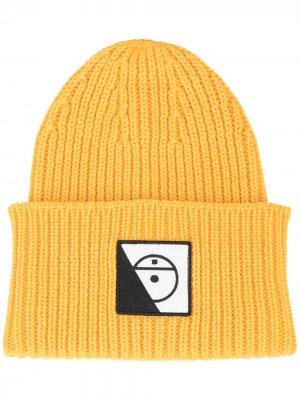 Шапка бини в рубчик с нашивкой-логотипом The North Face Black Series. Цвет: желтый