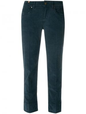 Укороченные брюки Notify. Цвет: синий