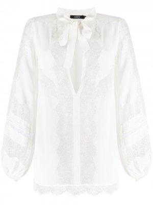 Блузка с кружевной аппликацией Amen. Цвет: белый
