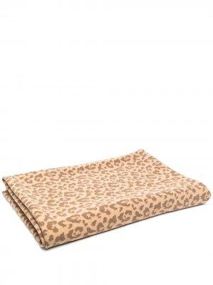 Одеяло с леопардовым принтом AMI AMALIA. Цвет: нейтральные цвета