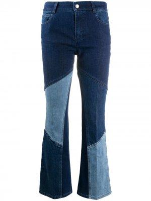 Расклешенные джинсы с контрастными вставками Stella McCartney. Цвет: синий