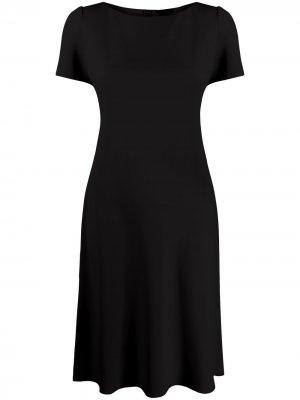 Платье миди с короткими рукавами Theory. Цвет: черный