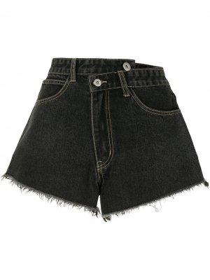 Джинсовые шорты с запахом Ground Zero. Цвет: черный