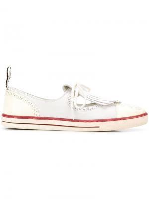 Кроссовки в стилистике лоферов с бахромой Chanel Vintage. Цвет: белый