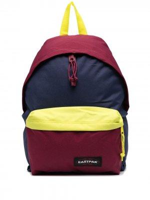 Рюкзак в стиле колор-блок Eastpak. Цвет: синий