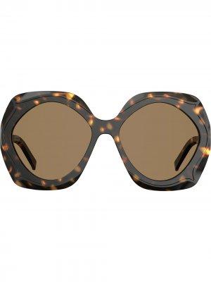 Массивные солнцезащитные очки черепаховой расцветки Elie Saab. Цвет: коричневый