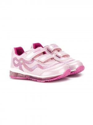 Кроссовки на липучке Geox Kids. Цвет: розовый