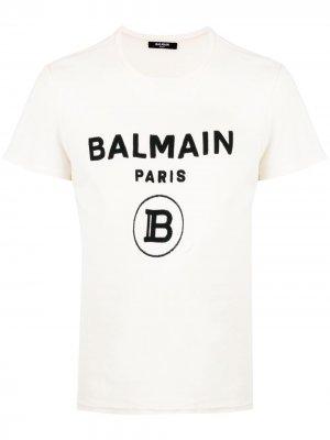Футболка с фактурным логотипом Balmain. Цвет: белый