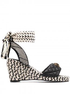 Двухцветные босоножки на каблуке Kurt Geiger London. Цвет: черный