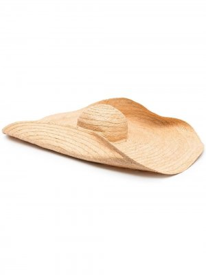 Соломенная шляпа Ruslan Baginskiy. Цвет: нейтральные цвета