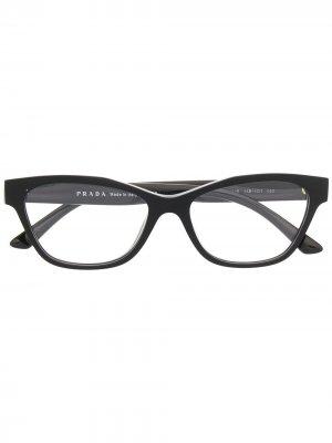 Очки в прямоугольной оправе Prada Eyewear. Цвет: черный