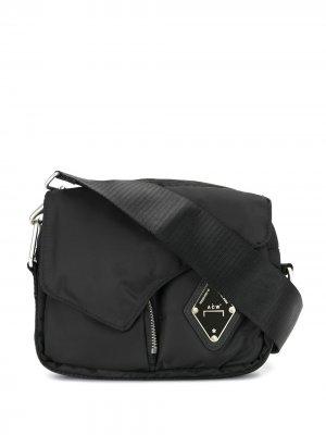 Дутая сумка-конверт на плечо A-COLD-WALL*. Цвет: черный