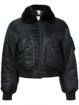 Куртка с меховой оторочкой Noir. Цвет: черный