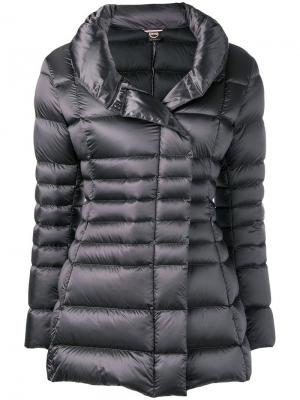 Приталенная дутая куртка Colmar. Цвет: серый