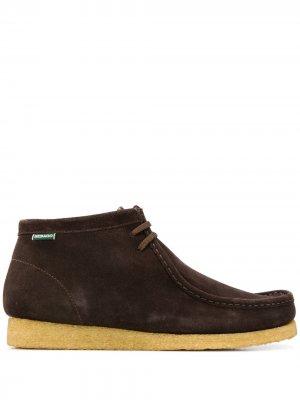 Ботинки на контрастной подошве Sebago. Цвет: коричневый
