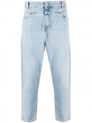 Прямые джинсы с эффектом потертости Closed. Цвет: синий