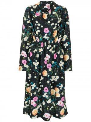 Платье миди Jay с цветочным принтом Stine Goya. Цвет: черный