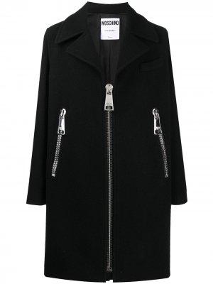 Пальто с крупными молниями Moschino. Цвет: черный