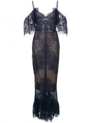 Кружевное вечернее платье с открытыми плечами Marchesa Notte. Цвет: синий