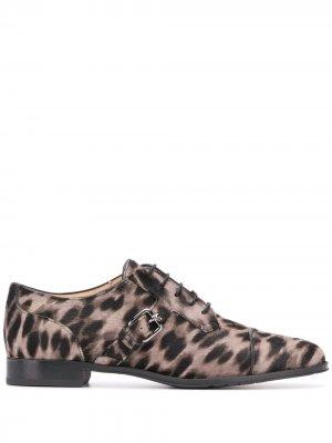 Tods оксфорды с леопардовым принтом Tod's. Цвет: нейтральные цвета